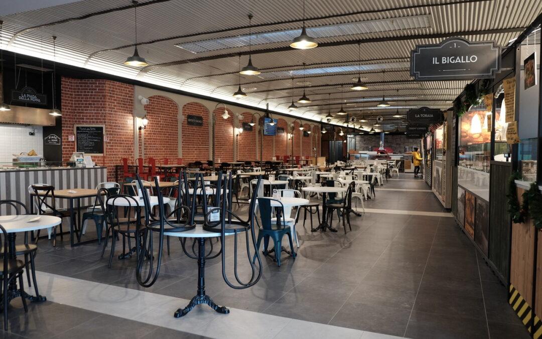 Food Court Centro Commerciale Auchan di Fano